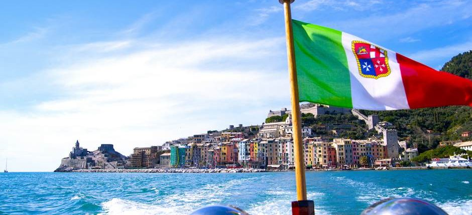 Rent a Boat Portofino - Rent a Boat Santa Margherita - Day Cruise Portofino - Day Cruise Santa Margherita - tender cinque terre - portovenere flag